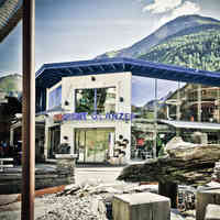 Zentrum Sölden Intersport Glanzer Sommerfront